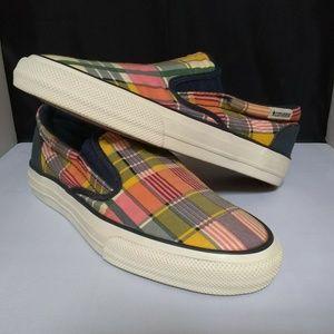 3b0959b53e1b18 Kids  White Converse Slip On Shoes on Poshmark